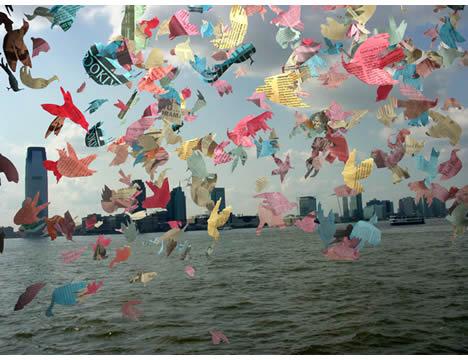 Lotte geeven bird Confetti over manhattan installation