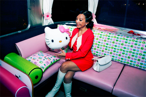 Hello_kitty_trailer_airstream_cynthia_rowley_couch