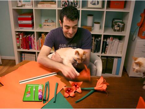 Whorange_origami_lilies_flowers_valentine_DIY_flowers