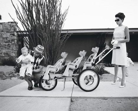 Angelina_jolie_brad_pitt_domestic_bliss_w_magazine_60s_modern_stroller