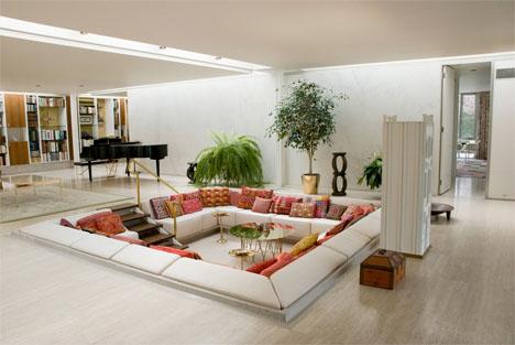 Eero-saarinens-miller-house-sunken-living-room