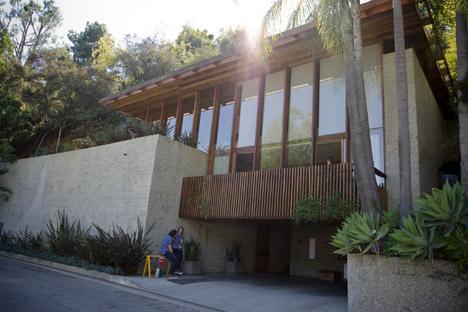 Hillside_house_exterior_tour_carl_louis_maston_1962