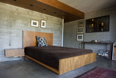 Hillside_house_bedroom_concrete_carl_louis_maston_1962