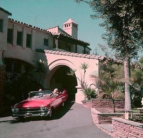 Jayne Mansfield House whorange