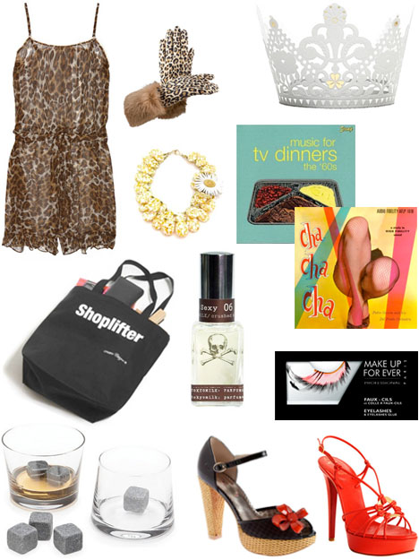 Divine_mothers_day_gift_guide_leopard_gloves_Christian_Louboutin_red_heels