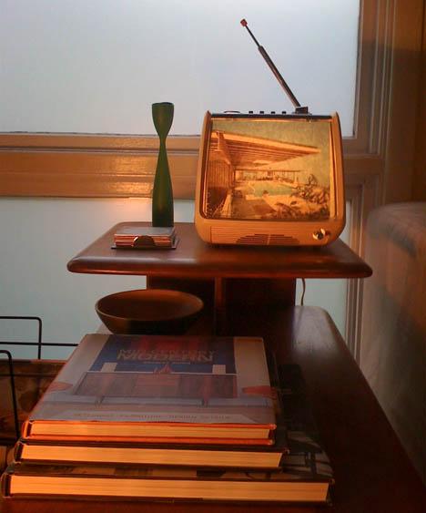 DIY_vintage_television_stahl_house_Julius_Shulman_lamp
