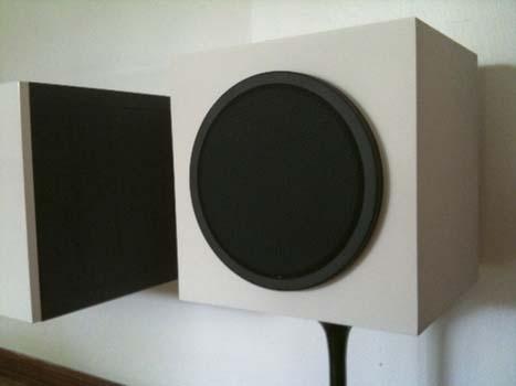 Mid-century-speakers_DIY_Wireless_Audio_ System_veneer