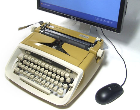 USB_vintage_Typewriter_Computer_Keyboard_Wood_Grain_Underwood_Portable_Works_with_iPad_