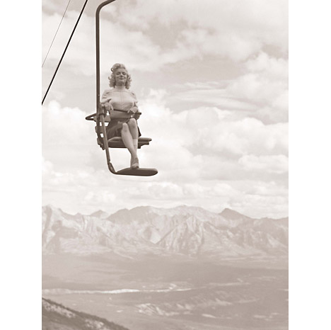 Marilyn_monroe_lost_look_photos_august_1953_John_Vachon_ski_lift