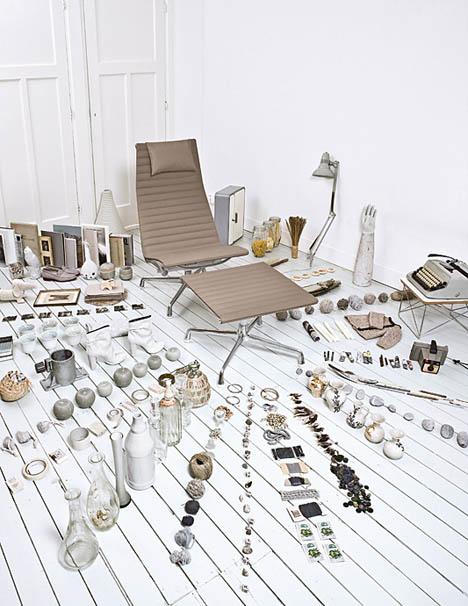 Vitra-2008-ad-Eames-aluminum-chair