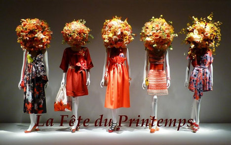 Red_la_féte_du_printemps_floral_window_display_french
