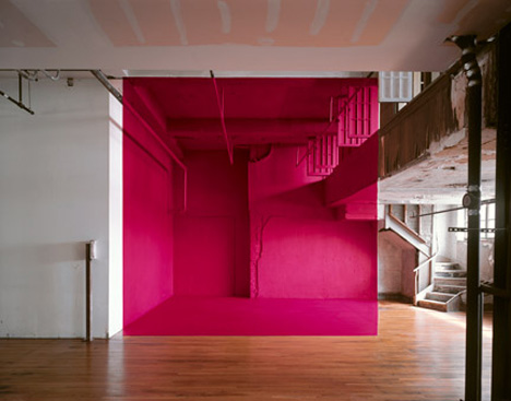Georges-Rousse-pink-square-optical-illusion-architectural-photography