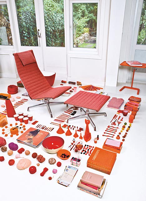 Red-vitra-2008-ad-Eames-aluminum-chair