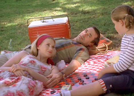 Betty-draper-mad-men-picnic-littering