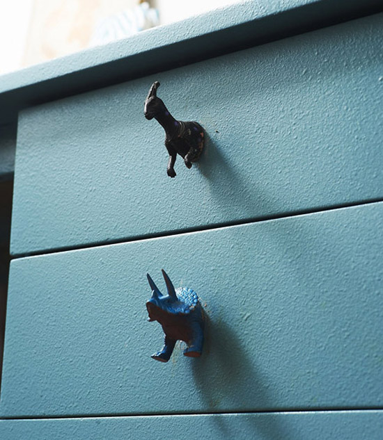 Dinosaur-toys-desk-drawer-knobs