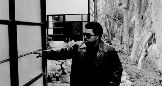 Ice-Cube-Celebrates-The_Eames-house-video
