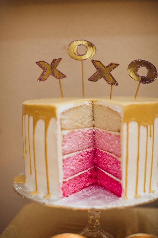 Xoxo-pink-layer-cake-wedding