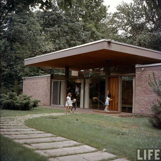 Mid-century-LIFE-Magazine-1958-Beattie-Residence-Architect-Ulrich-Franzen