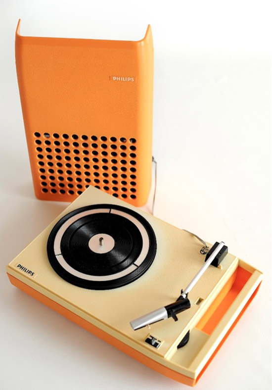 1970s-VINTAGE-RARE-ORANGE-PHILIPS-113-PORTABLE-DESIGN-RECORD-PLAYER-TURNTABLE