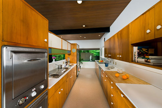 Bruce-Walker-mid-century-kitchen-Ferris-house