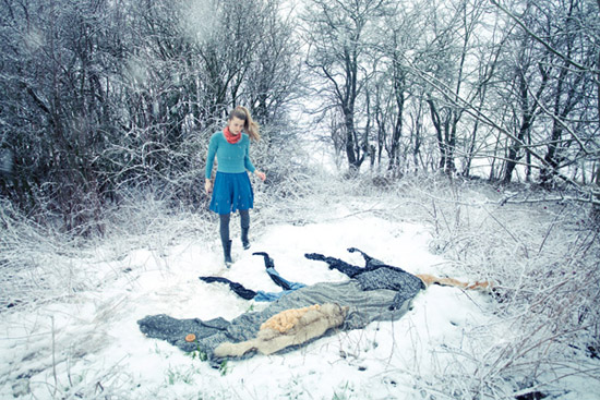 Ulrika-Kestere-girl-wtih-seven-horses-photography-winter-snow-clothing