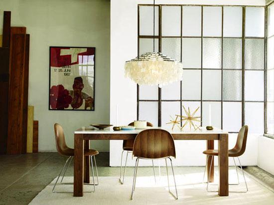 Mid-century-modern-sunburst-chandelier-aaron-hom-styled-interiors