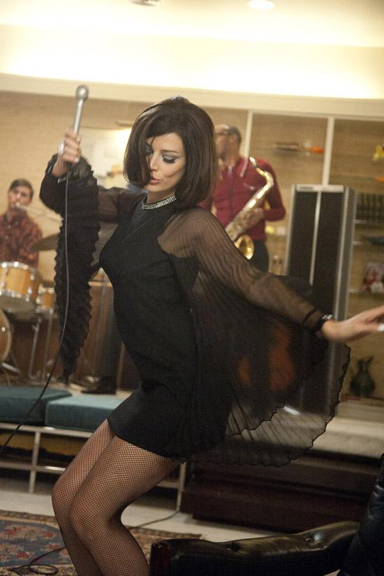 Megan-don-draper-party-mad-men-Zou-Bisou-Bisou-dress