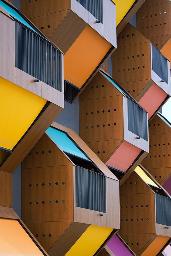 Colorful-modern-honeycomb-housing-Izola-Bay-Slovenia-Housing-Fund
