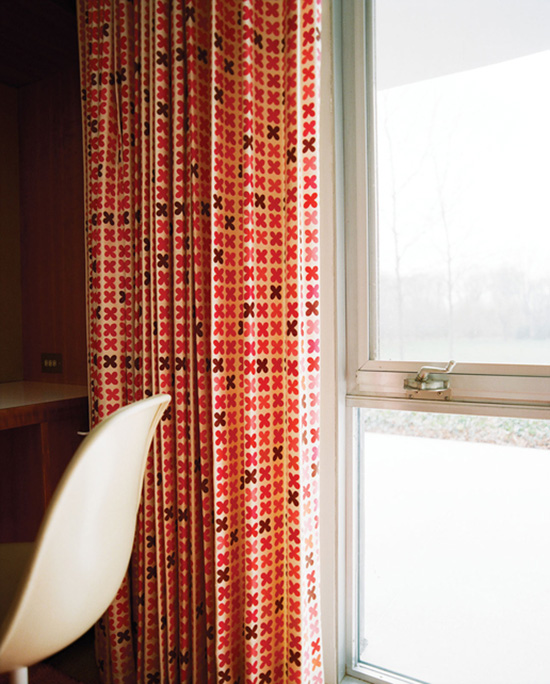 Alexander Girard Miller house curtain fabric photography Leslie Williamson
