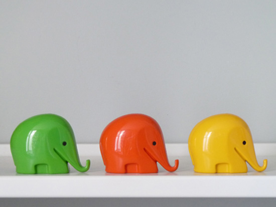 Elephant yellow 70s paperclip holder pot
