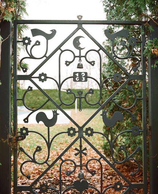 Alexander Girard Miller house front gate detail photography Leslie Williamson