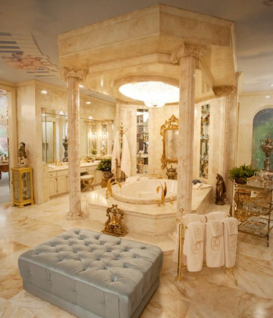 Liberace master bathroom set Behind the Candelabra