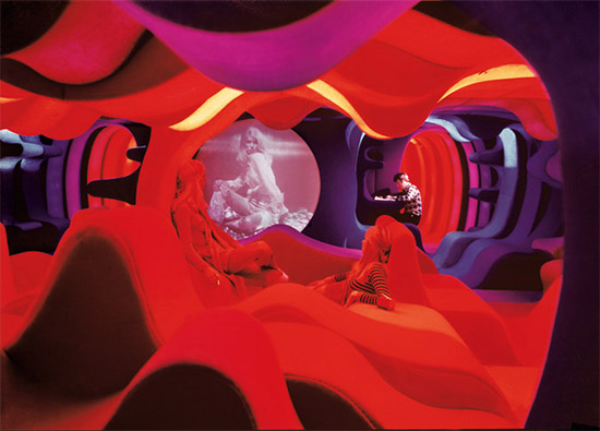 Verner Panton Visiona 70s organic interior home furnishings