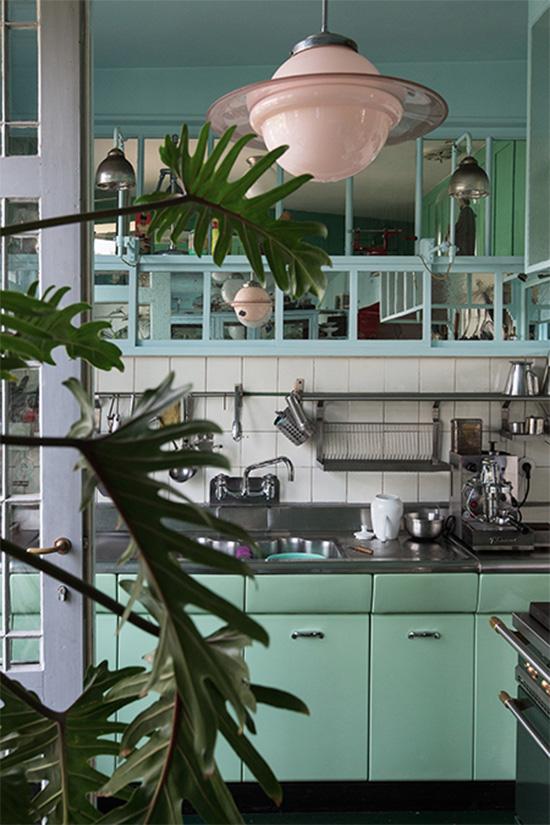 Furniture maker Antoine Vandewoude Antwerp kitchen Saturn pendant lamp