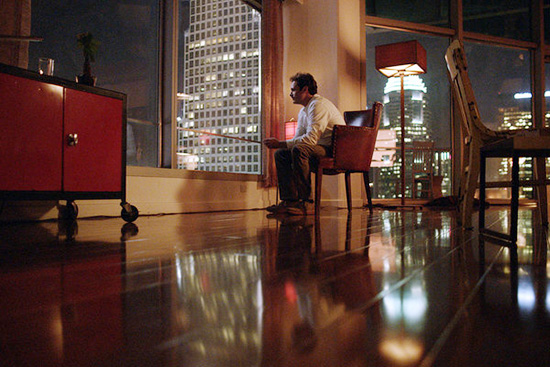 Joaquin phoenix apartment set design Her by spike jonze