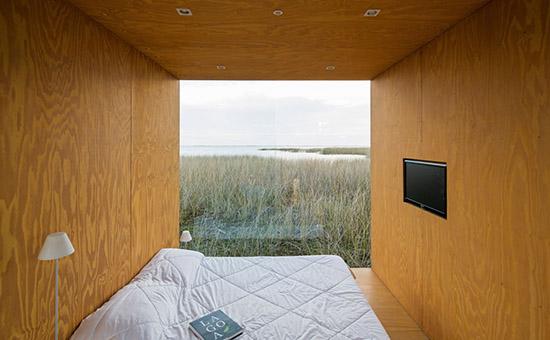 Bedroom mini mod modual plywood home brazil