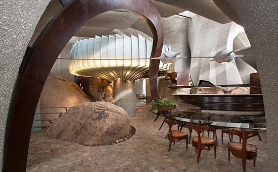 Joshua Tree supervillain house dining room