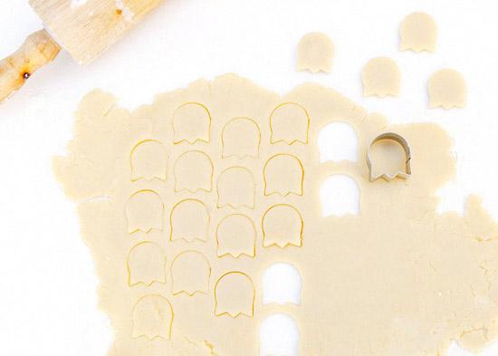 Royal Icing Pastel ghost cookies Halloween-40-Exposure
