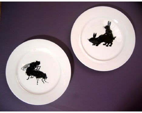 Victore_nyc_bugs_and_bunnies_plates