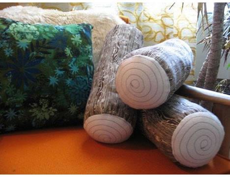 Woodgrain_log_pillows